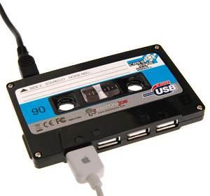 cassette-tape-4-port-usb-hub